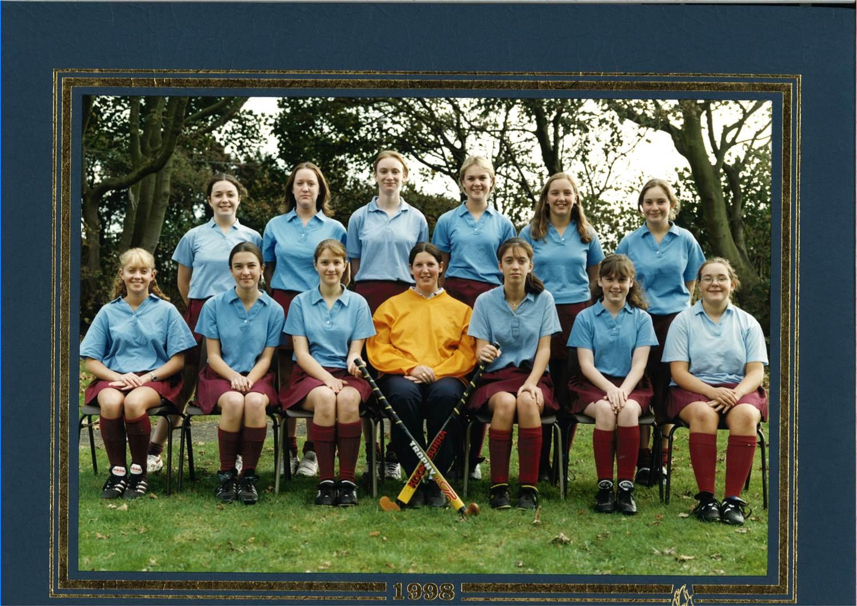 Hockey Team 1998